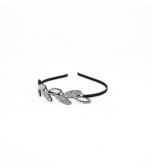 Cordeluta #485 frunze cu pietre Argintiu